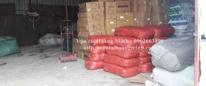 Xe tải chở hàng Quận Tân Bình
