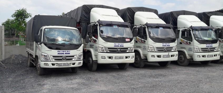 Xe tải chở hàng KCN An Phước