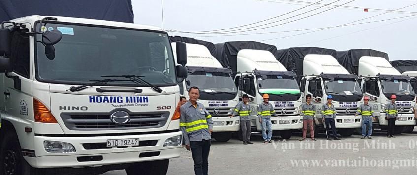 Xe tải chở hàng KCN Sài Gòn – Bình Phước