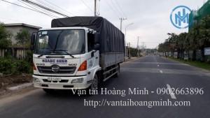Xe tải chở hàng an toàn