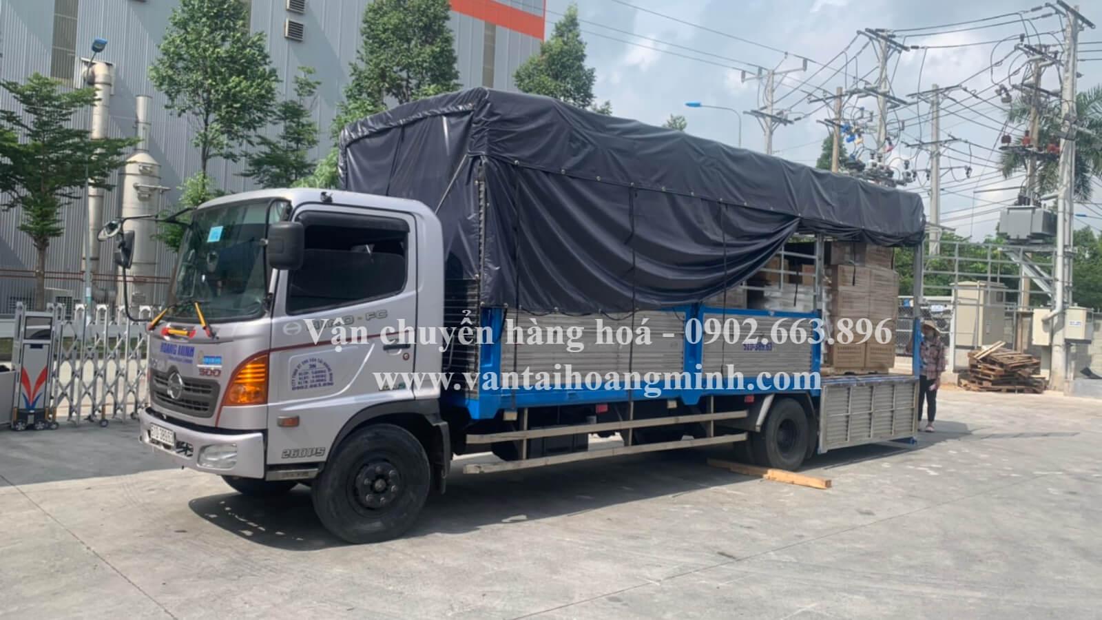 xe tải vận chuyển hàng hoá