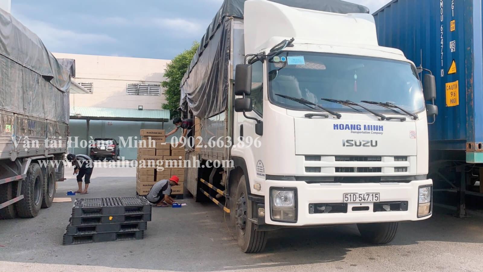 chành xe vận chuyển hàng hoá nội địa bằng xe tải