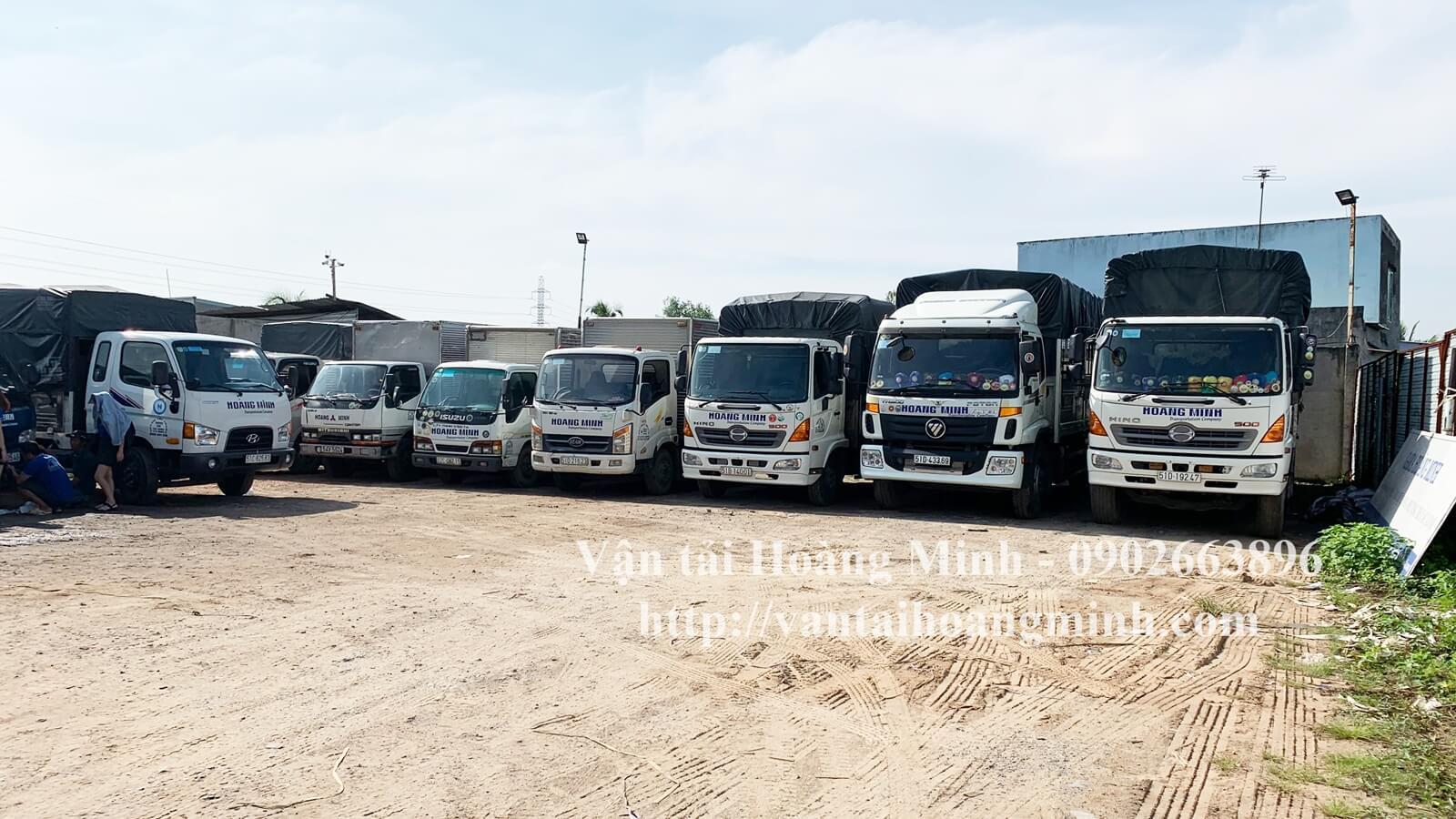 xe tải vận chuyển hàng hoá chất