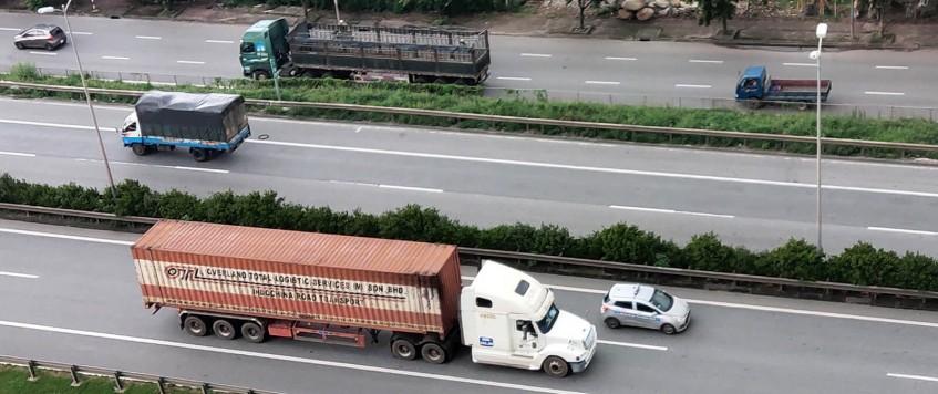 Bộ GTVT giao ban hàng ngày gỡ khó vận tải hàng hóa khu vực phía Nam