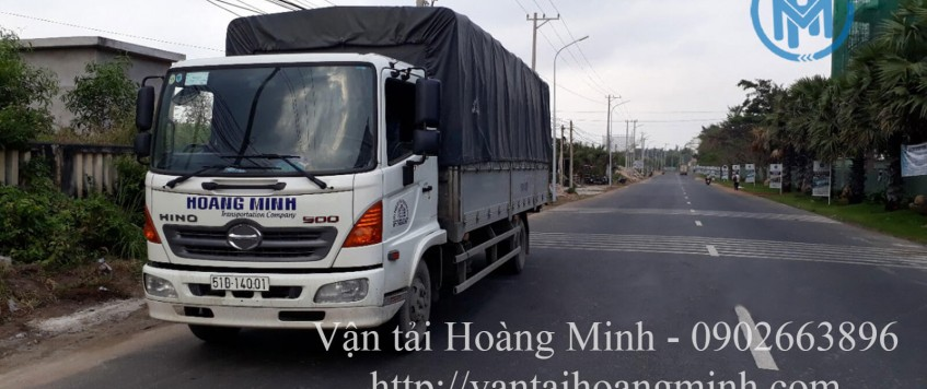 Xe tải chở hàng Thuận An