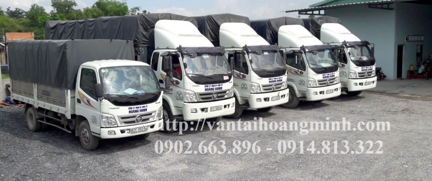 Vận chuyển hàng hóa bằng xe tải chở hàng 8 tấn