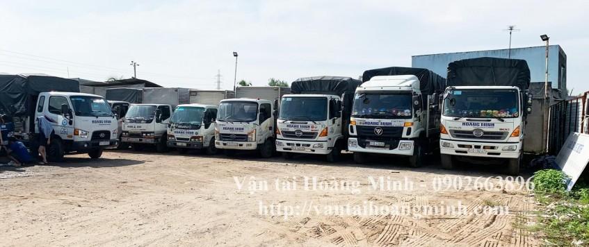 xe tải vận chuyển máy móc