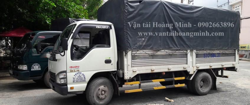 Xe tải chở hàng Dầu Tiếng