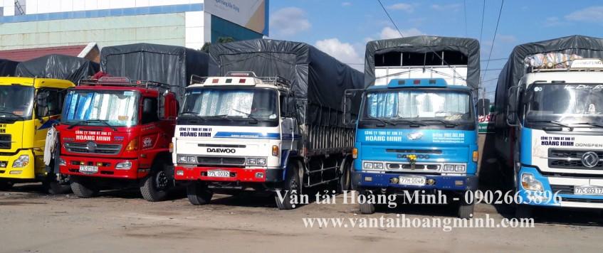 Xe tải chở hàng KCN Tân Đức