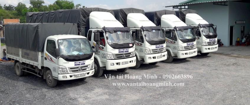 Xe tải vận chuyển hàng hóa KCN Thạnh Phú